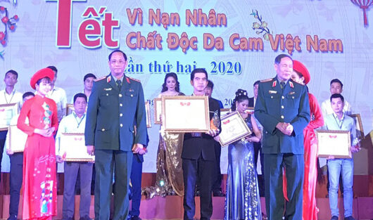 SCC RECEIVED CERTIFICATE OF GOLDEN HEART FOR THE VICTIMS OF AGENT ORANGE