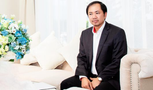 Mr. TRAN VIET ANH SHARES ON THE RELATIONSHIP BETWEEN BUSINESSES AND THE PRESS
