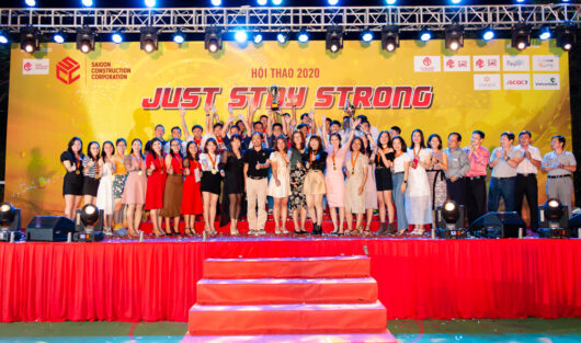 """GALA HỘI THAO CHỦ ĐỀ """"JUST STAY STRONG"""" TƯNG BỪNG SÔI ĐỘNG"""